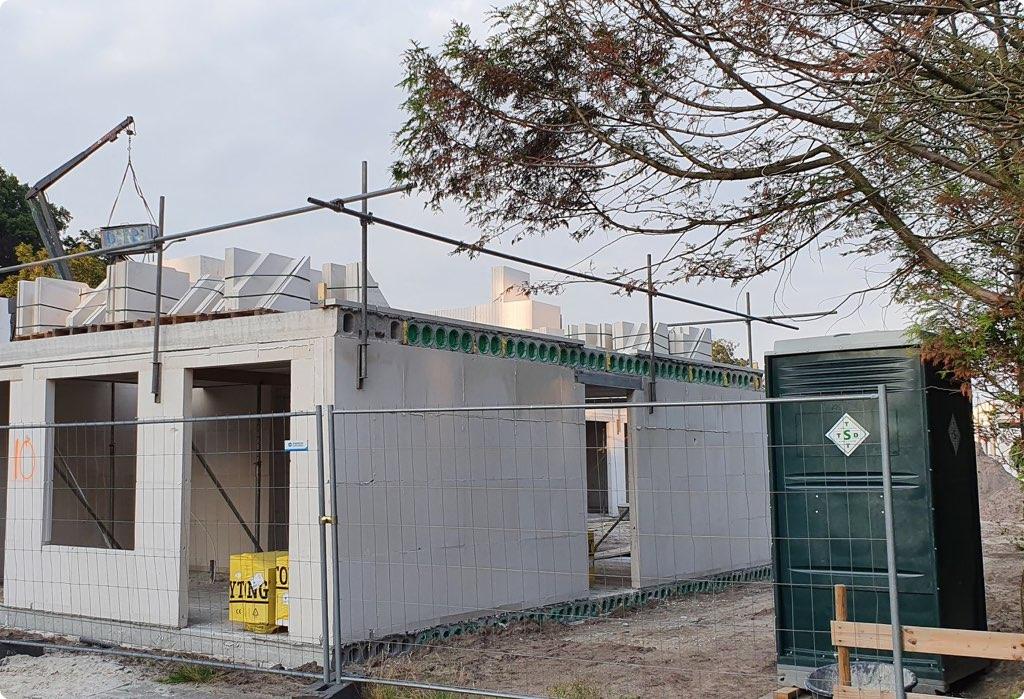 Bekijk alle mobiele toiletunits voor op de bouw